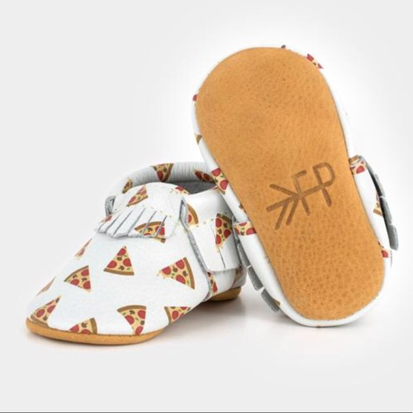 ab6b140604b47 Freshly Picked Other - Freshly Picked Foodie Pizza Baby Moccasins Size 4